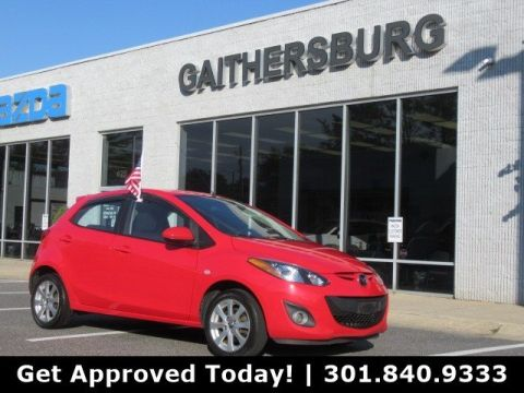 Pre-Owned 2014 Mazda2 Touring FWD Hatchback