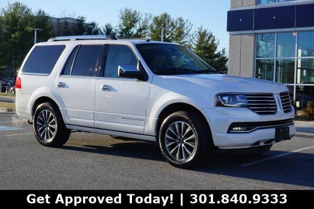 Pre Owned 2017 Lincoln Navigator Select